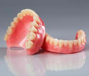 Best Dentures Treatment provider in Kirkland, WA area